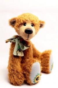 Teddyana_bear_Heliantus